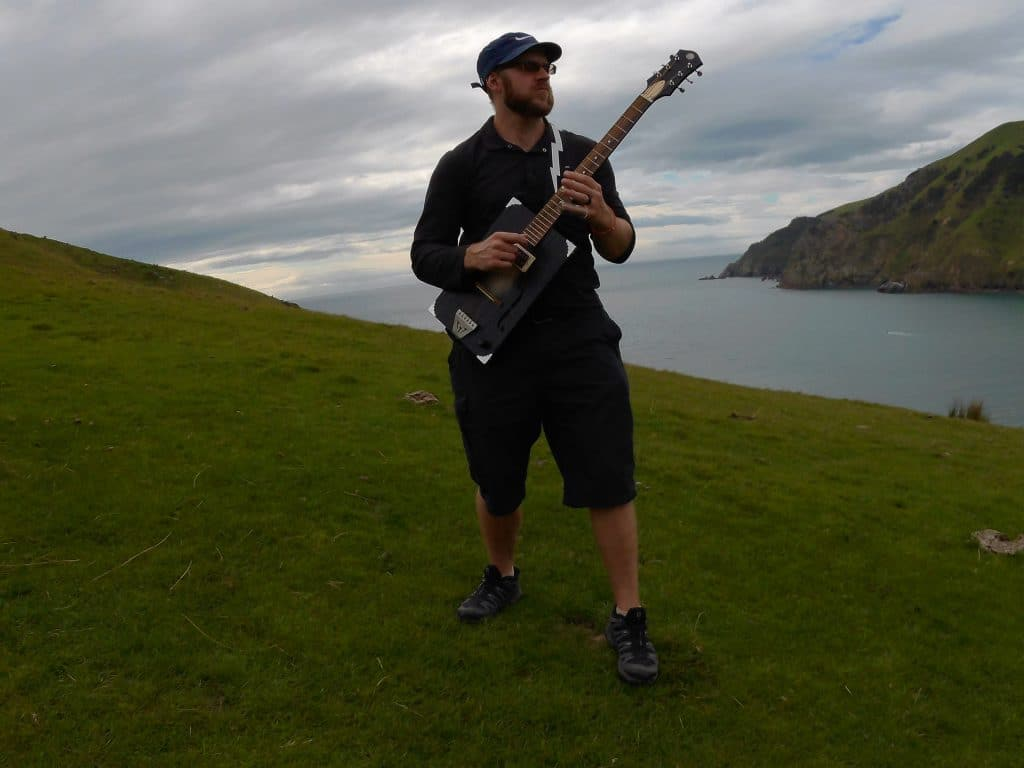 Lawless Luke Cable Bay New Zealand, Delta Blues Slide Guitar player & composer, from Coventry, West Midlands, UK